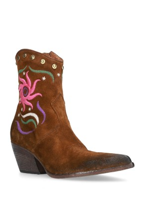 Embroidered Texan boot