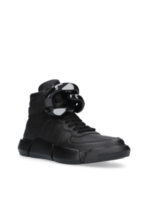 Black Sneaker with Chain